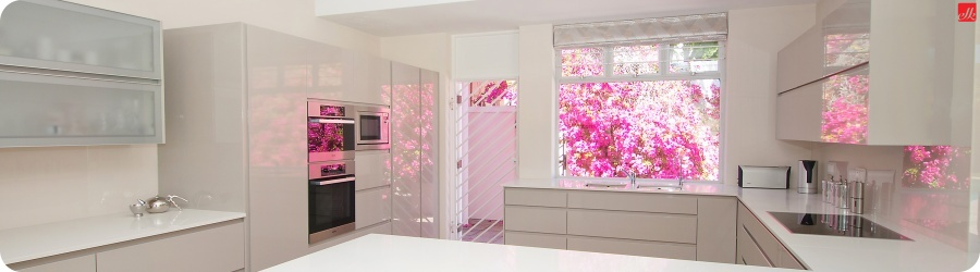 Easylife kenilworth easylife kitchens for Kitchen designs east london south africa